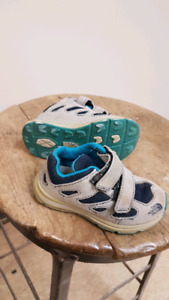 Nike toddler size 5 sneakers