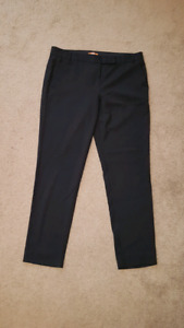 Lady dress pants size 10