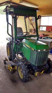 Tracteur John Deere 755