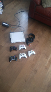 Xbox 360 + manettes +turtle beach x12