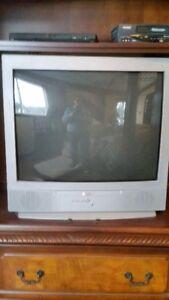 32 inch Sanyo color tv