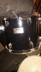 Lot pieces de drums