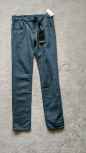 Brand new Zoo York jeans size 30x33