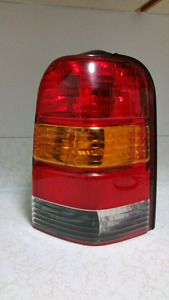 "Ford escape ""TAIL LIGHT WITH BULB"""