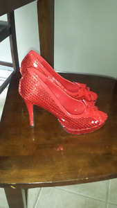 Red sparkly shoes size 8