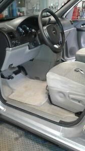 2009 Chevrolet Uplander LS Minivan, Van
