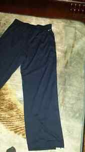 Nike Basketball Dri-Fit Sweatpants  (Large) Oakville / Halton Region Toronto (GTA) image 9