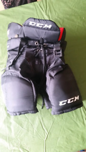 Hockey pants - youth medium
