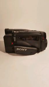 Sony video 8 AF ccd handycam 10x hi-fi stereo
