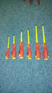 6 insulated tools