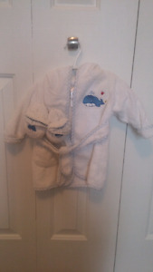 Brand new with tags 0-9month bath robe and slippers