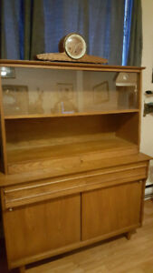 Maple Mid Century Hutch