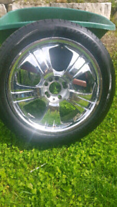 "Four 19"" Chrome Rims"