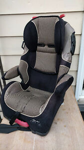 Safety First Alpha Omega Car Seat