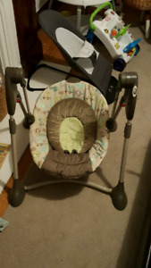 GRACO 2-in-1 Baby Swing