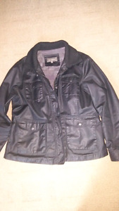 Leather jacket-mint condition