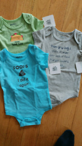 Neutral boy or girl NWT onesies size 6-12 months