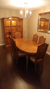 Vintage Sklar Peppler 8 Piece Dining Room Suite Made in Canada