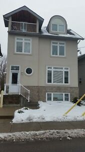 NICE NEW HOUSE 2 MIN WALK FROM QUEENS Kingston Kingston Area image 1