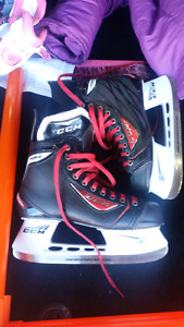 CCM RBZ custom 01 size 10 men's skates