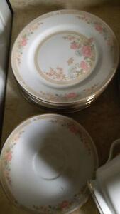 "FAIRFIELD FINE CHINA ""SYMPHONY"" GOLD TRIM Dish Set Kitchener / Waterloo Kitchener Area image 8"