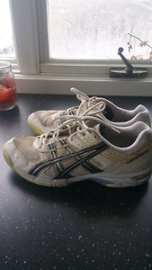 Cort shoes and running shoes