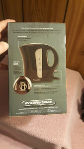 Electric Kettle and 2 set of Frying pans