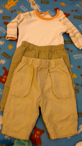 Newborn pants set