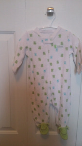 Mint condition 6month Carters brand sleepers $5 each