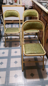 Metal FOLDING CHAIRS , In Great Shape.