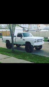 1992 Dodge Power Ram 2500 LE Pickup Truck