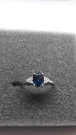 🎁⚘925 Sterling silver London Blue Topaz sizeQ(8)