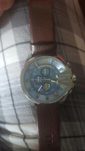 Diesel watch like new. 265$ retail value.