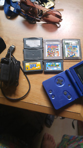 Game boy advance sp 6 games and charger
