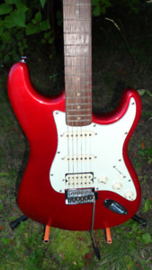 Vintage SX Custom Stratocaster Electric Guitar $220