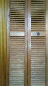 2 sets of bifold doors.  Folding screen room divider Shelburne.