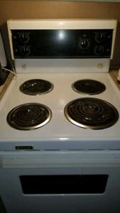 **SOLD PPU**Apartment size stove