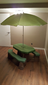 LARGE SIZE PICNIC TABLE WITH UMBRELLA