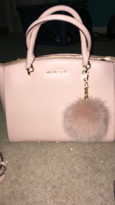 Michael Kors Handbag / Purse