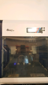 XYZprinting Da Vinci 2.0A Duo 3D Printer