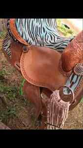 Unique Zebra Print Western Barrel Saddle Moose Jaw Regina Area image 4
