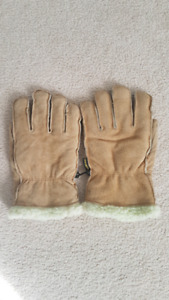 KODIAK LEATHER GLOVES.(L) & GAP HOODY(M)