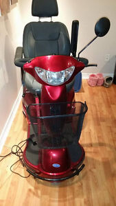 Invacare 3 Wheel Scooter