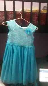 Party dresses for girls size 6-7 Kitchener / Waterloo Kitchener Area image 2