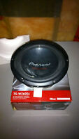 """Pioneer TS-W260S4 & TS-W254R 10"""" inch subwoofers NOT WORKING"""
