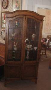 Antique and Collectables Clearance Sales