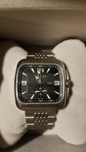Gucci Stainless Steel Coupe Watch. (40mm)