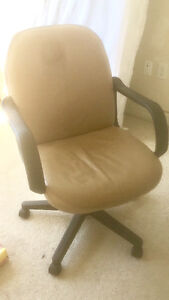 Great condition Recliner/ comfy chair