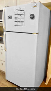 White Full Sized Fridge (Delivery & More Incld.!)