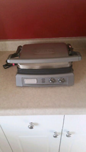 Cuisinart Griddler Deluxe grill!!! Excellent condition.